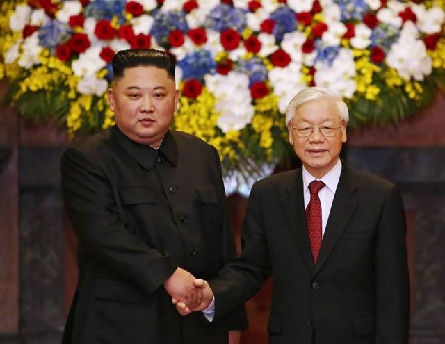 [ẢNH] Tổng Bí thư, Chủ tịch nước Nguyễn Phú Trọng đón, hội đàm với Chủ tịch Kim Jong-un - 6