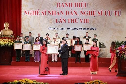 Trao tặng danh hiệu NSND, NSƯT lần thứ VIII - 2