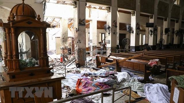 Có ít nhất 2 vụ đánh bom liều chết trong các vụ nổ tại Sri Lanks