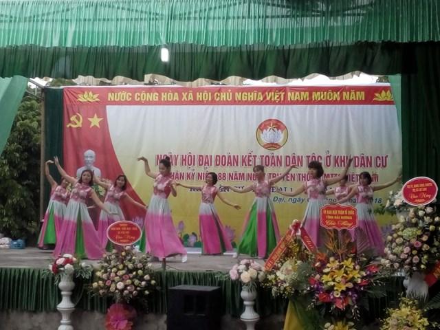 Tưng bừng ngày hội 'Đại đoàn kết toàn dân tộc' ở khu dân cư Vĩnh Đại 1 - 2