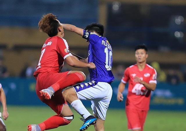 Văn Quyết lĩnh thẻ đỏ, Hà Nội FC vẫn thắng Viettel ở trận derby