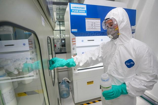 Vingroup bắt tay vào sản xuất máy thở và máy đo thân nhiệt - 1