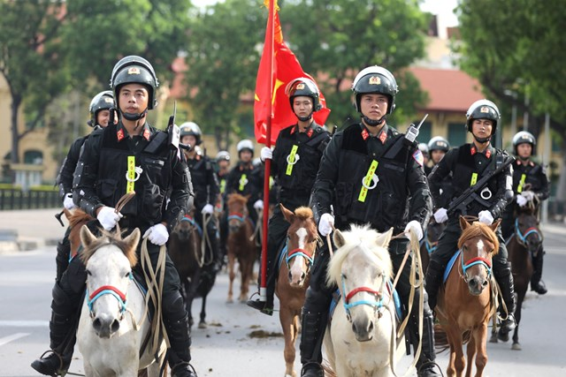 Ra mắt Đoàn Cảnh sát cơ động Kỵ binh - 5
