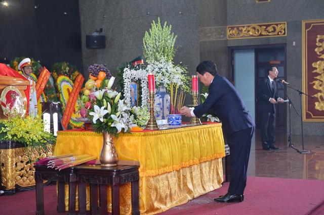Lãnh đạo Đảng, Nhà nước, MTTQ Việt Nam viếng ông Trần Quốc Hương - 3