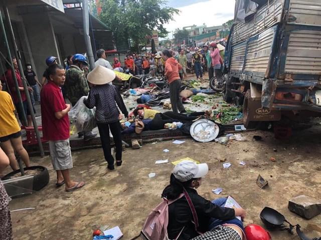 Lãnh đạo tỉnh Đắk Nông thăm hỏi nạn nhân vụ tai nạn liên hoàn
