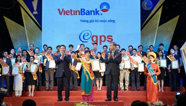 Ngành Ngân hàng hợp sức đẩy mạnh phát triển Chính phủ điện tử - 1