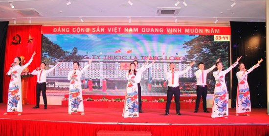 Học tập làm theo tấm gương đạo đức Hồ Chí Minh - 2