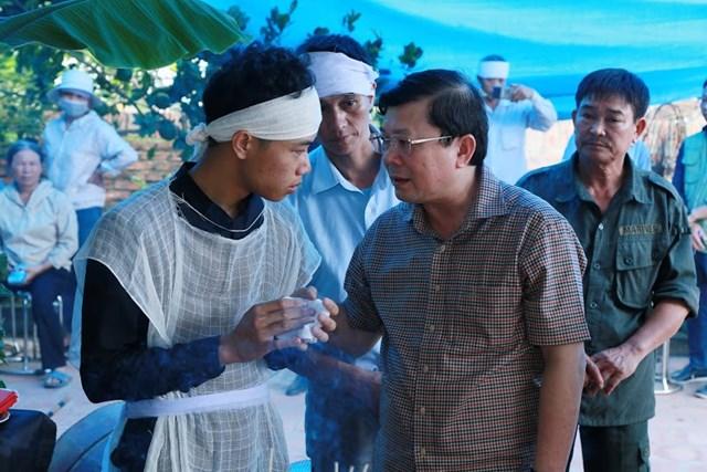 Mặt trận Trung ương thăm hỏi và hỗ trợ nạn nhân trận dông lốc ở Vĩnh Phúc - 2