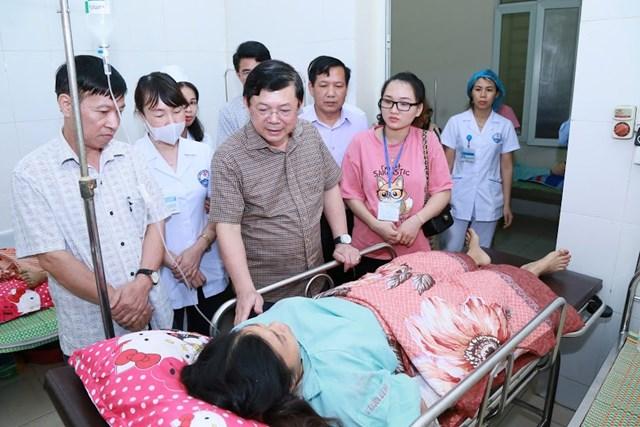 Mặt trận Trung ương thăm hỏi và hỗ trợ nạn nhân trận dông lốc ở Vĩnh Phúc