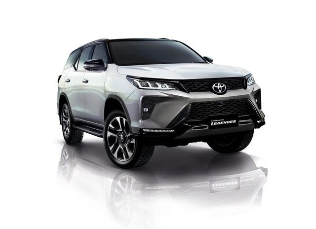 Toyota Fortuner phiên bản nâng cấp 2021 có gì mới? - 30