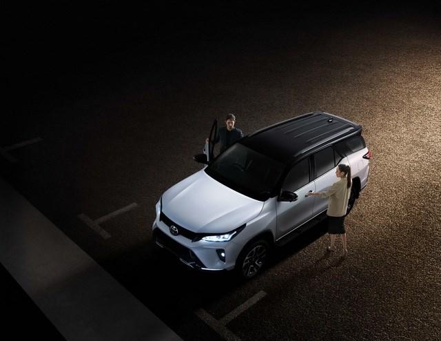 Toyota Fortuner phiên bản nâng cấp 2021 có gì mới? - 23