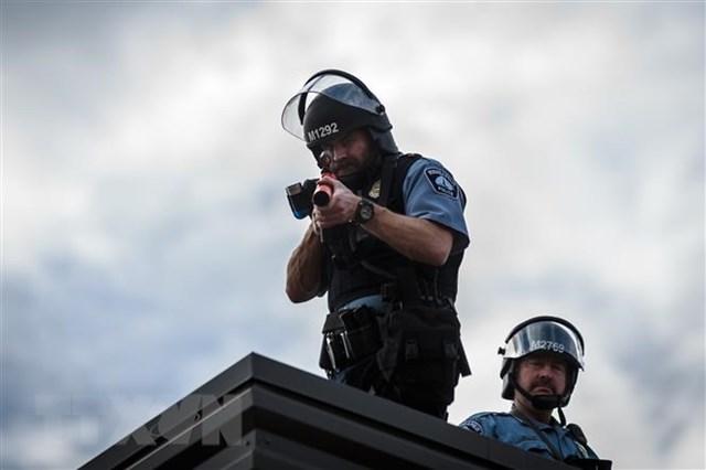 Tổng thống Mỹ Trump khẳng định sẽ không giải thể cảnh sát