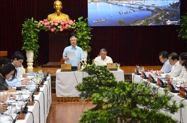 Thường trực Ban Bí thư Trần Quốc Vượng làm việc với Thành ủy Đà Nẵng - 1