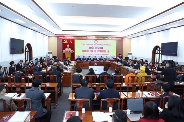 Toàn cảnh Hội nghị Đoàn Chủ tịch UBTƯ MTTQ Việt Nam lần thứ tư khóa IX.