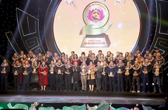 Tỉnh Nghệ An vinh danh các đơn vị, doanh nghiệp, các nhà hảo tâm...vì có thành tích xuất sắc trong công tác an sinh xã hội.