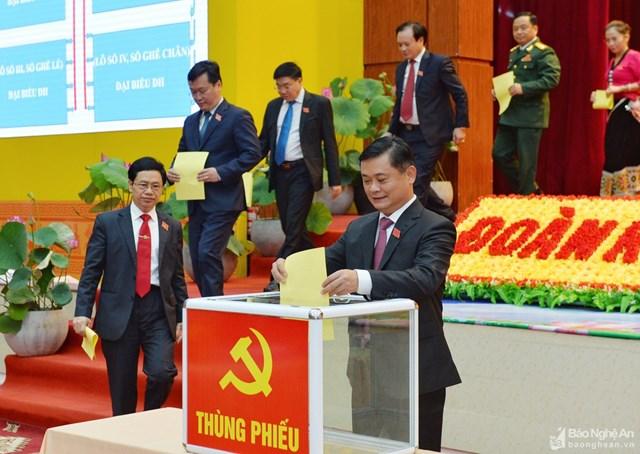 Nghệ An: Hai Bí thư Huyện ủy không trúng Ủy viên BCH Đảng bộ tỉnh