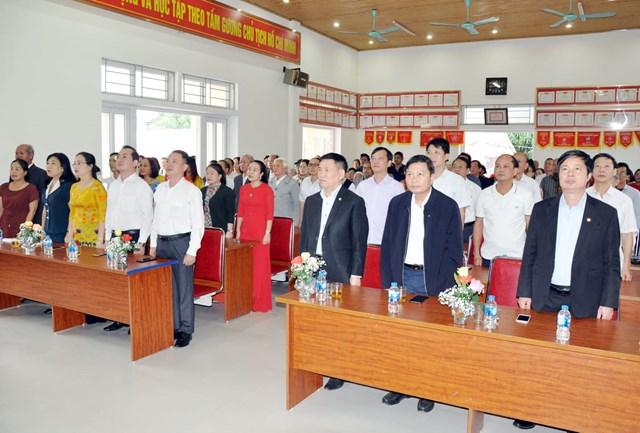 Lãnh đạo Kiểm toán Nhà nước, đại diện Ban Dân tộc (Ủy ban Trung ương MTTQ Việt Nam) dự ngày hội Đại Đoàn kết tại khối Tân Phúc