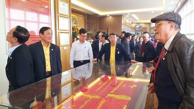 Phòng truyền thống có diện tích 86 m2, được xây dựng trên tầng 5 của trụ sở Ủy ban MTTQ Việt Nam tỉnh Nghệ An.
