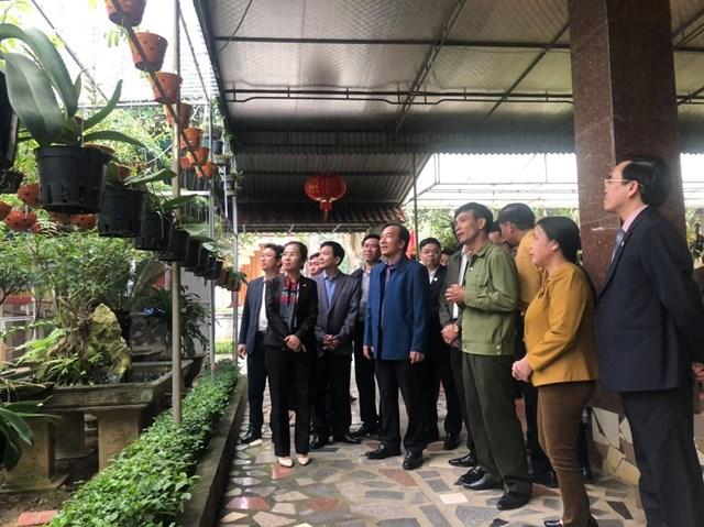 Thăm mô hình nông thôn mới tại xã Kim Liên, Nam Đàn.