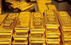 Giá vàng thế giới tăng vọt, giá vàng trong nước có xu hướng giảm nhẹ