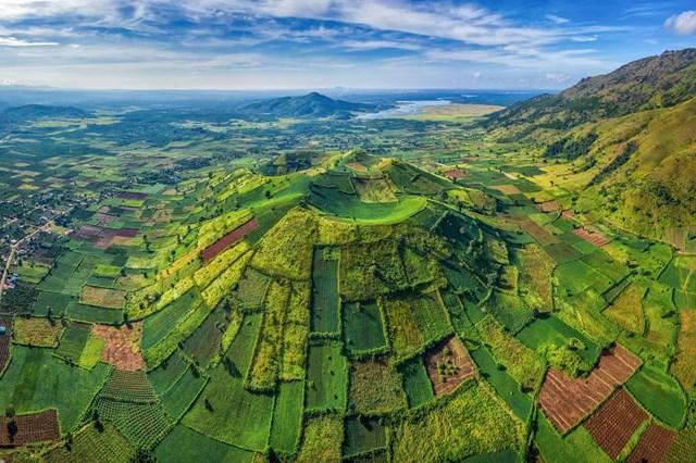 Tây Nguyên sở hữu kho báu tự nhiên và văn hóa giàu bản sắc để phát triển du lịch