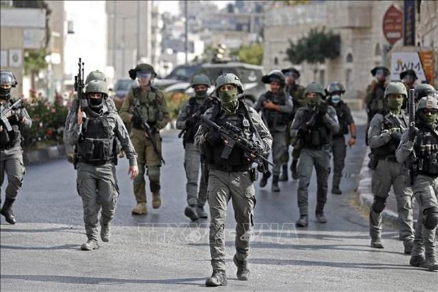 Lực lượng an ninh Israel được triển khai trong cuộc xung đột với người biểu tình Palestine tại thành phố Bethlehem, Khu Bờ Tây ngày 10/9/2021. Ảnh: AFP/TTXVN
