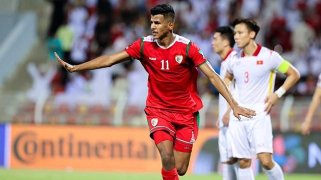 Oman ngược dòng đánh bại Việt Nam với tỉ số 3-1. Ảnh: OFA.