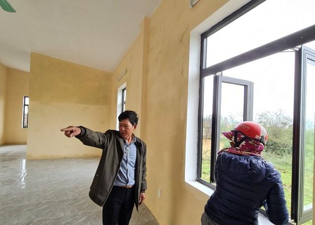 Người dân thôn Hữu Tân sẽ an tâm khi có nhà tránh bão, lũ.