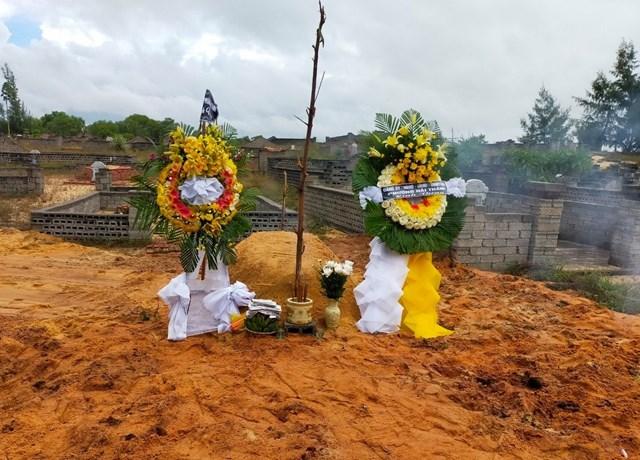 Việc an táng người qua đời do mắc Covid-19 ở Quảng Bình đang gặp khó khăn.