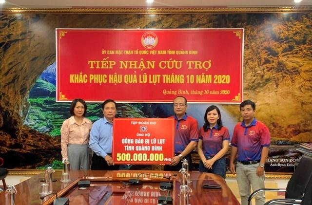 Tháng 10/2020, Tập đoàn DIC đã hỗ trợngười dân Quảng Bình khắc phục lũ lụt số tiền 500 triệu đồng.