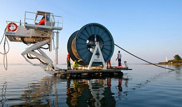 Viettel mở tuyến cáp quang biển ADC.