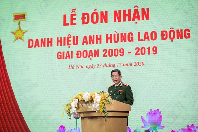 Thượng tá Đào Xuân Vũ, Tổng giám đốc Tổng công ty Mạng lưới Viettel, phát biểu tại buổi lễ.