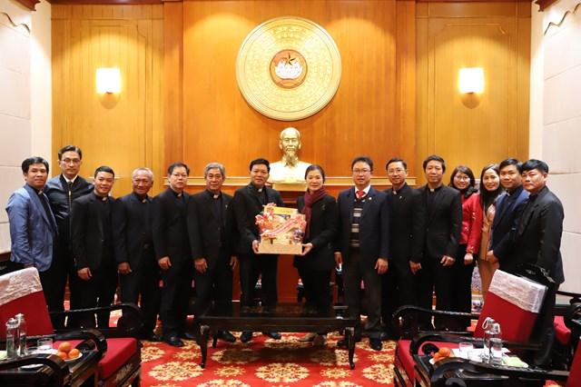 Hội thánh Tin Lành Trưởng lão Việt Nam chúc Tết UBTƯ MTTQ Việt Nam.