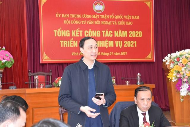 Phó Chủ tịch Phùng Khánh Tài phát biểu chủ trì Hội nghị.