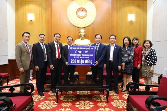 Phó Chủ tịch Ngô Sách Thực đã tiếp nhận ủng hộ từHội Thánh Phúc âm toàn vẹn Việt Nam.