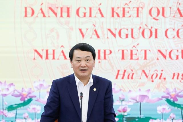 Phó Chủ tịch - Tổng Thư ký Hầu A Lềnh phát biểu tại Hội nghị. Ảnh Quang Vinh.