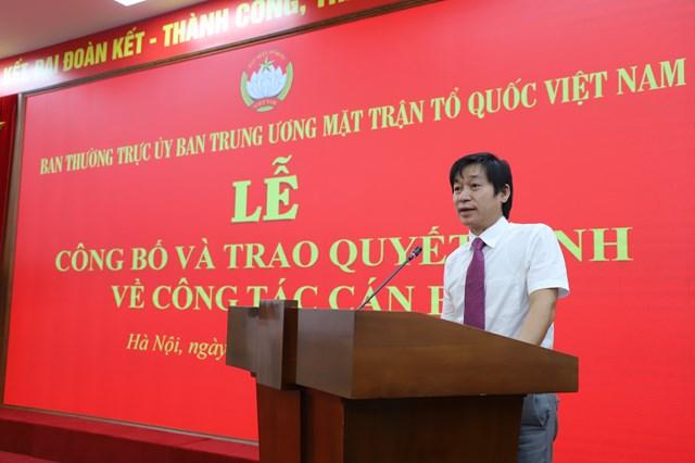 Phó Chánh Văn phòng UBTƯ MTTQ Việt Nam Nguyễn Văn Hanhphát biểu nhận nhiệm vụ.