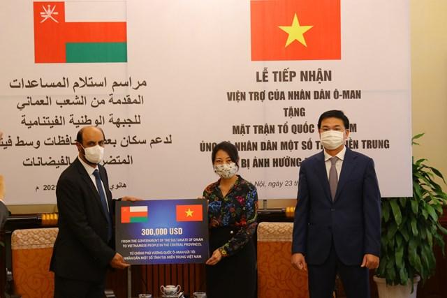 UBTƯ MTTQ Việt Nam đã tiếp nhận ủng hộ từVương quốc Oman.