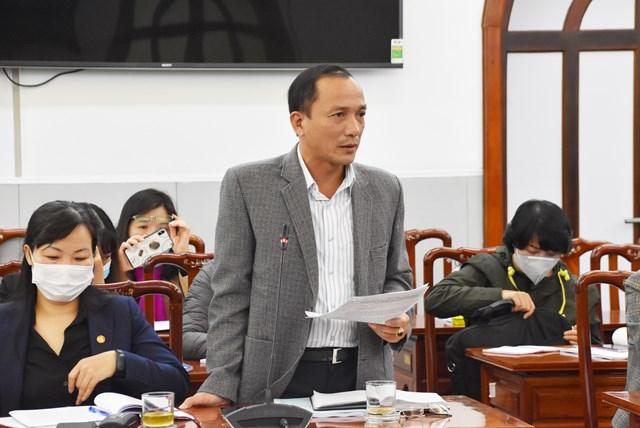 Các đại biểu tham gia đóng góp ý kiến tại hội thảo.