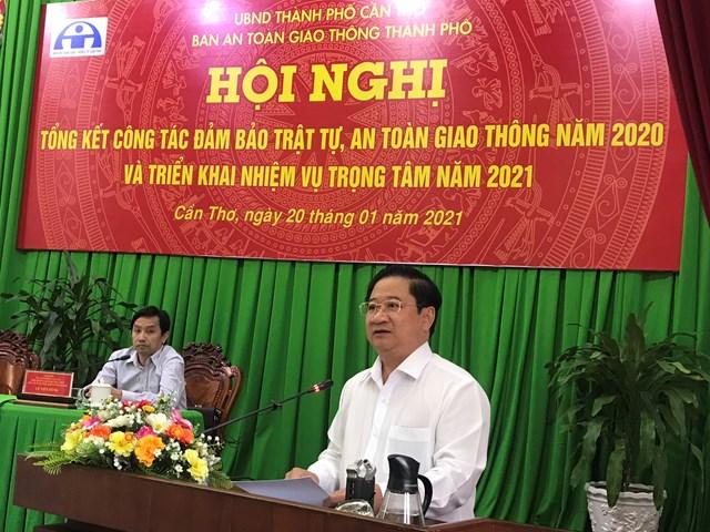 Ông Trần Việt Trường Chủ tịch UBND TP Cần Thơ phát biểu tại Hội nghị.