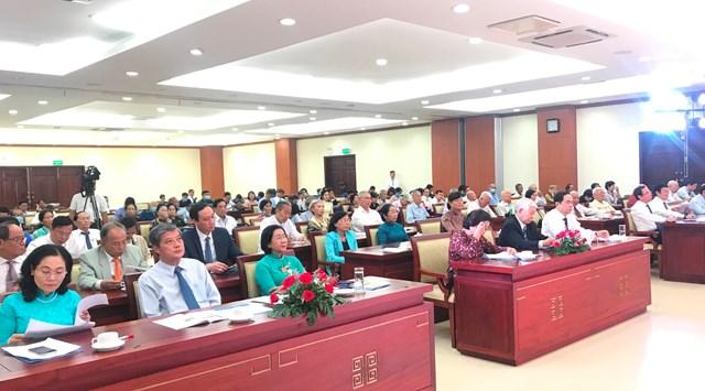 Các vị lãnh đạo, nguyên lãnh đạo Đảng, Nhà nước, MTTQ Việt Nam dự họp mặt kỷ niệm 60 năm Ngày thành lập Mặt trận Dân tộc giải phóng miền Nam Việt Nam.