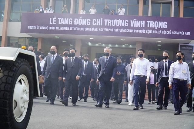 Nhiều lãnh đạo Trung ương và địa phương tại lễ truy điệu.