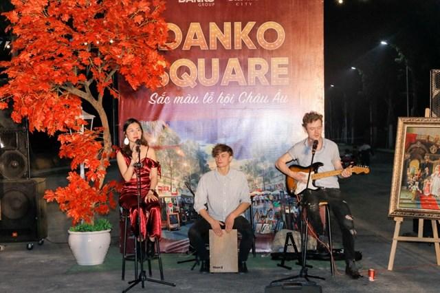 Tiết mục văn nghệ đặc sắc tại lễ hội Danko Square.