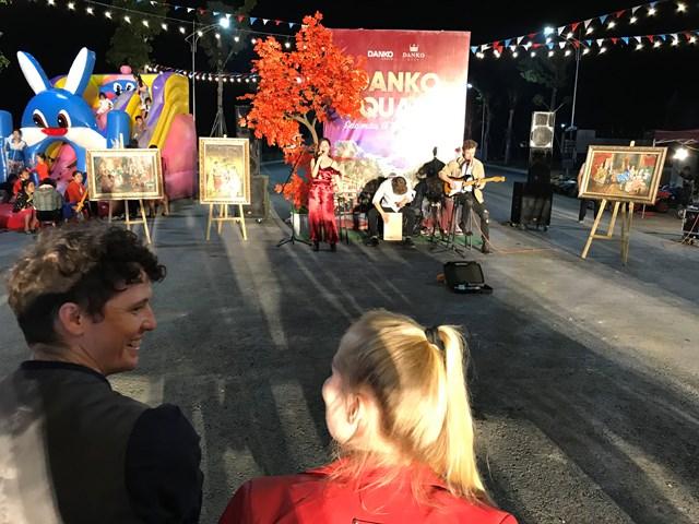 Danko Square thu hút cả khách nước ngoài đến tham quan, trải nghiệm.