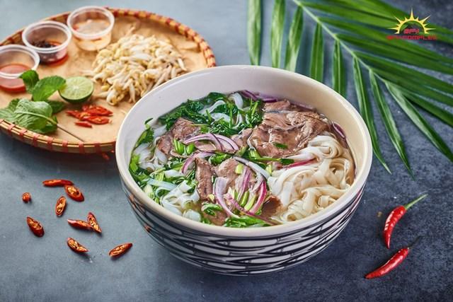 Phở Lý Quốc Sư - nơi hội tụ mọi tinh túy của ẩm thực Việt.