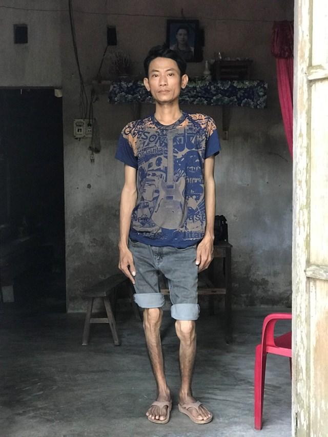 Anh Hoàng Văn Tuấnở trong ngôi nhà của anh traiđã mất cáchđây 6 năm.