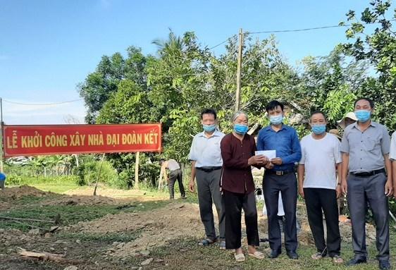 Khởi công xây dựng nhà đại đoàn kết cho hộ nghèo, thôn Hòa Bình, xã Mỹ Đức, huyện Đạ Tẻh.