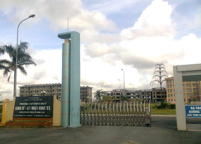 Cơ sở mới của Trường Cao đẳng công nghiệp dệt may Nam Định nằm ven quốc lộ 10. Ảnh: Trang tin của trường.