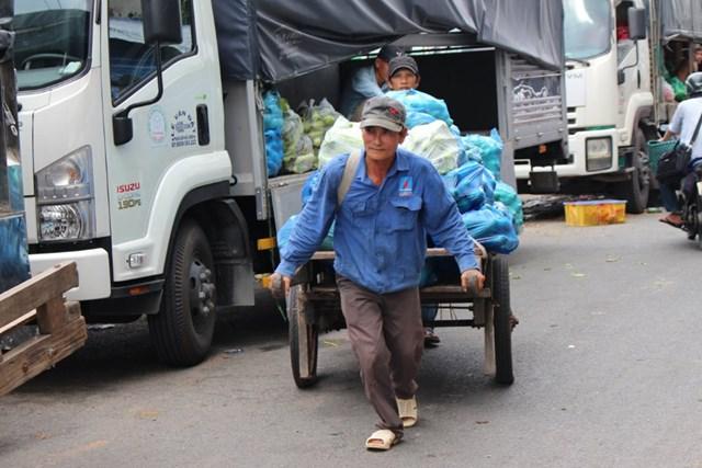 Nhiều lao động tự do bị ảnh hưởng, gặp khó khăn bởi dịch Covid-19 được chính quyền tỉnh Nam Định đưa vào diện được hỗ trợ.