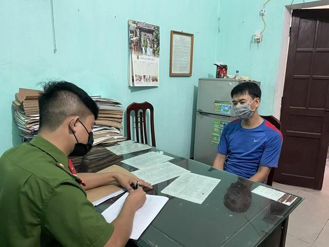 Phạm Quang Trung trả lời thẩm vấn của cảnh sát.
